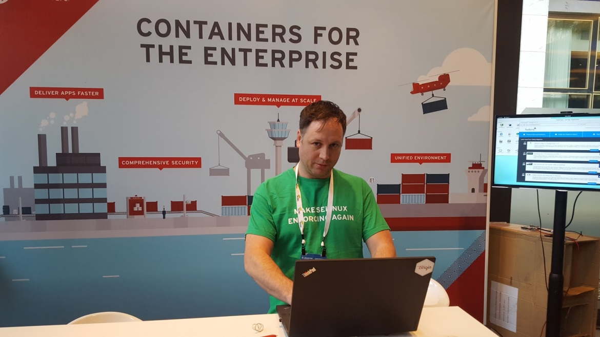 Your Author, Hard at Work at ContainerCon