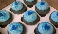 Fedora shaded cupcakes
