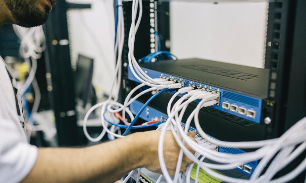 sysadmin configuring switch